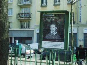 Simone de Beauvoir à la Bastille by zio fabio (via flickr)